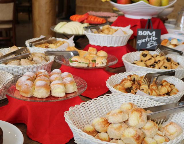 Café da Manha Hotel Bologna Campos do Jordão Capivari